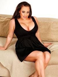 Nikki Devine