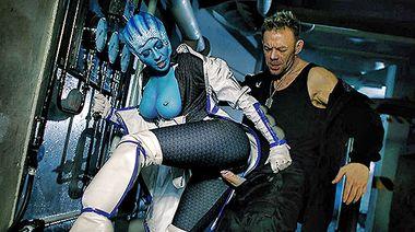 Лиара Ти Сони оттрахана в манду в порно пародии на «Mass Effect»