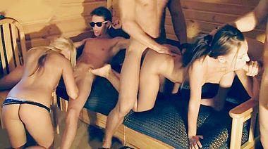 Анальная секс вечеринка русских студентов пригороде Питера
